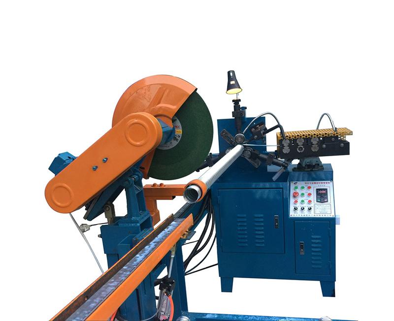 自動切割YJG110-3ZD型卷管機前面