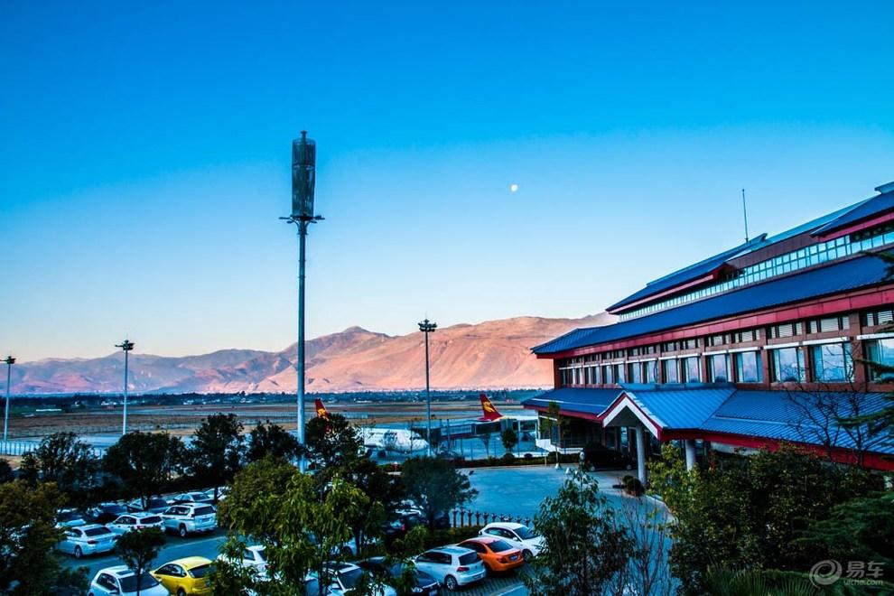 麗江機場顯示系統