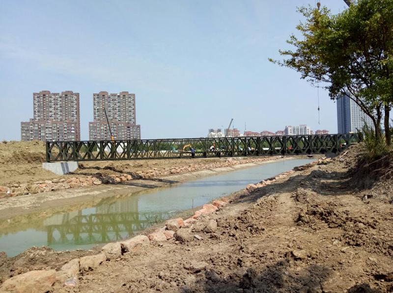中梁置業海寧香緹景園36米單跨,荷載80噸200型鋼橋