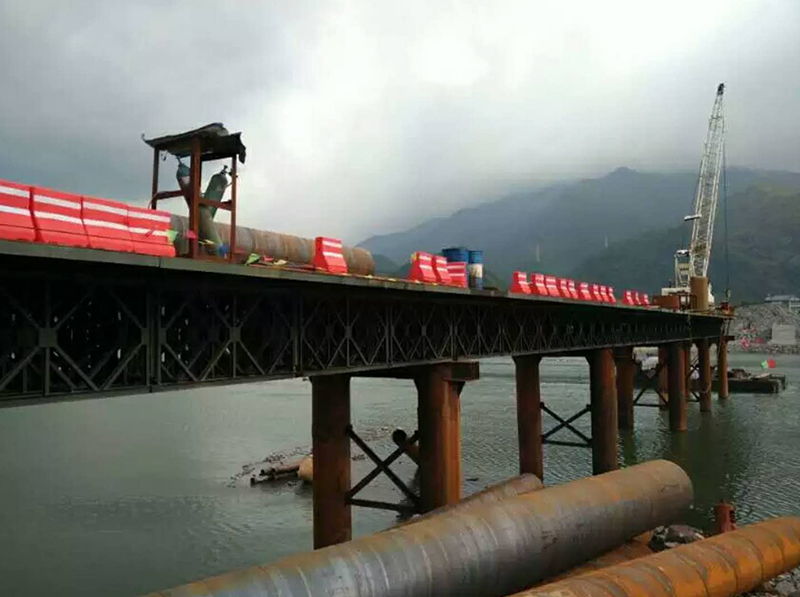 中鐵十六局水臘項目上承式鋼便橋
